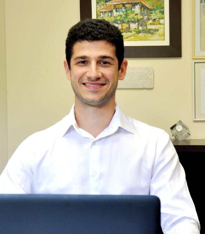Дарен Филипов : Експерт продажби