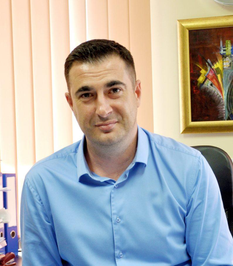 Ивелин Дрошев : Експерт продажби